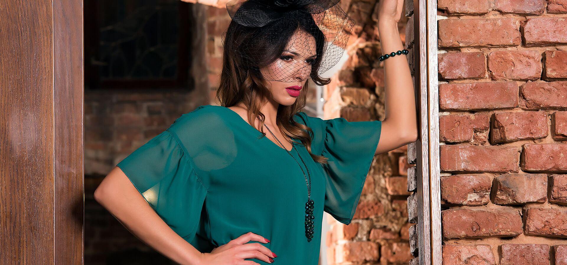 Zielona sukienka firmy AnnaFashion