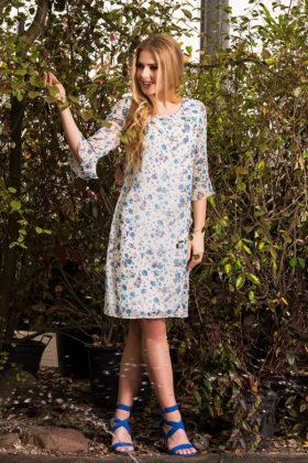 Zwiewna sukienka w kwiaty na lato Anna Fashion